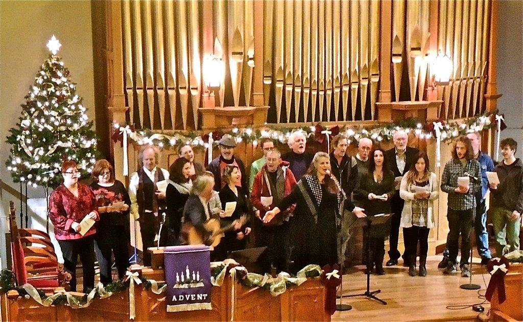 Brenda Lewis leads Finale in 5000 Miles Concert for Syrian Refugees 2015
